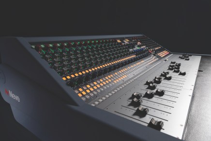 Introducing the Neve 8424 Console