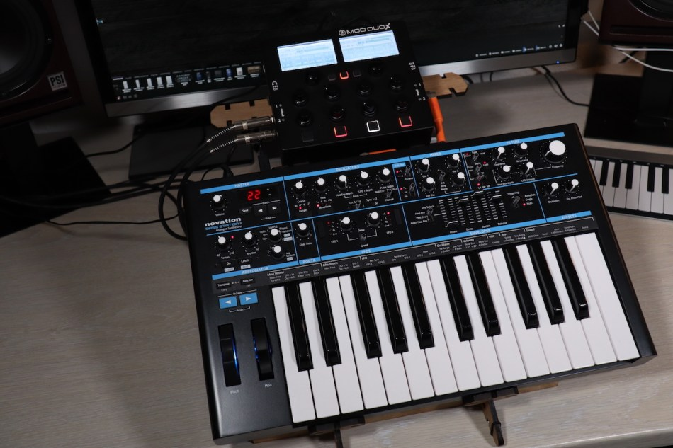 Gearjunkies video – Novation Basstation II and the MOD DUO X in 23 minutes