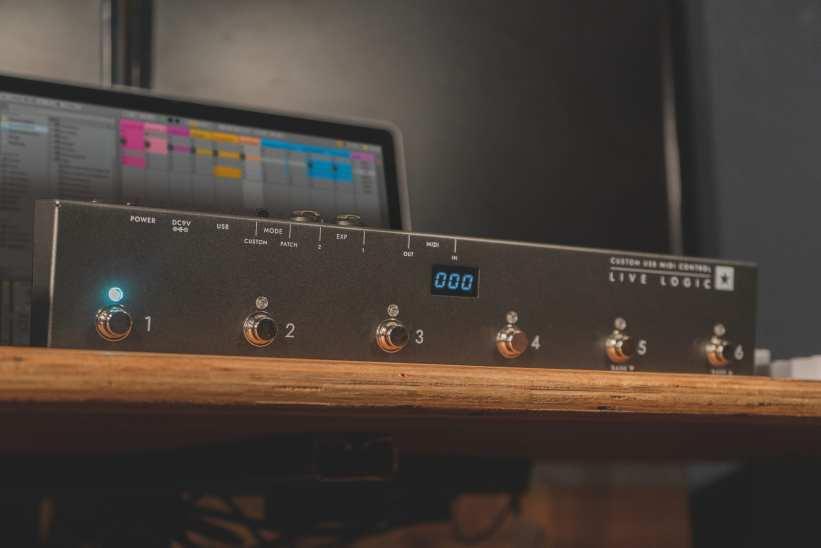 Blackstar Live Logic foot controller
