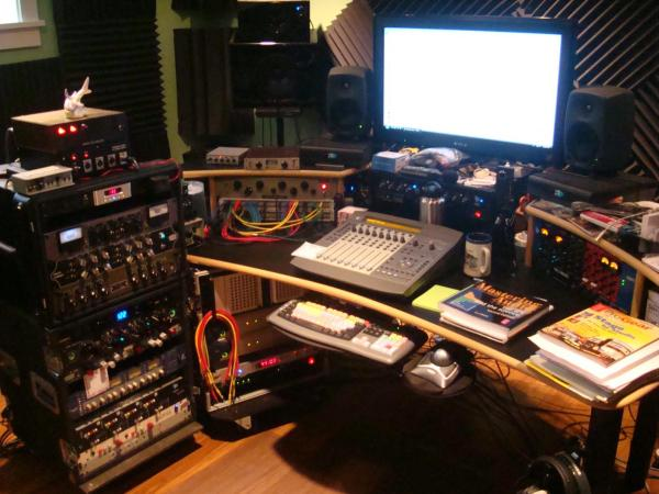Post pics of your home studios! - Page 11 - Gearslutz Pro ...