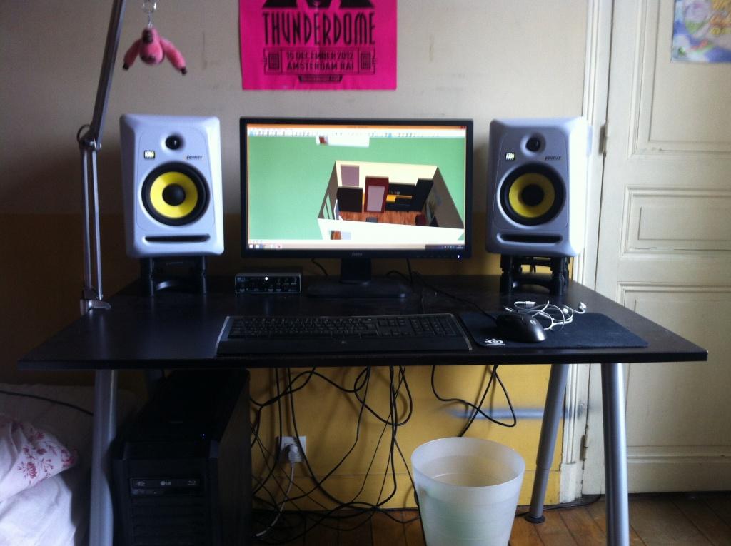 i need some help to improve my humble bedroom studio