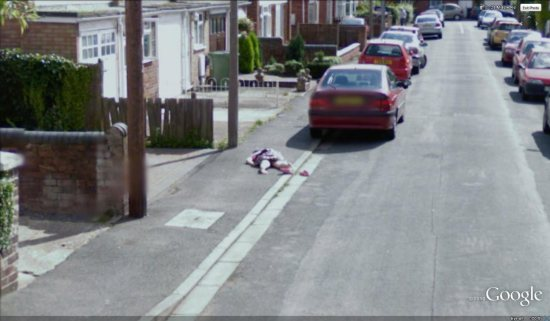 dead-girl-in-streetview.jpg