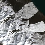 Avalanches in Tibet