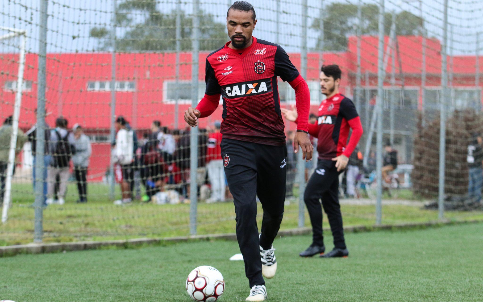 Brasil-Pel: Wagner é rubro-negro