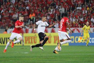 Calyson jogou os 90 minutos e teve participação ativa nos ataques Xavantes. Foto: Jonathan Silva