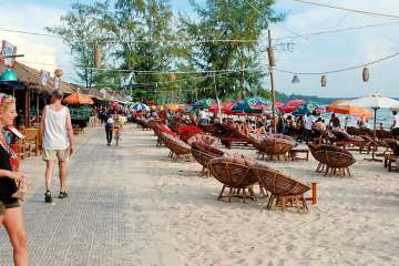 Sihanoukville main beach