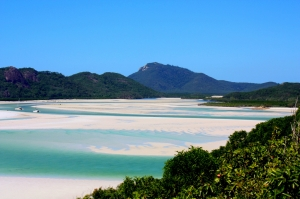 whitsundays-white-sand