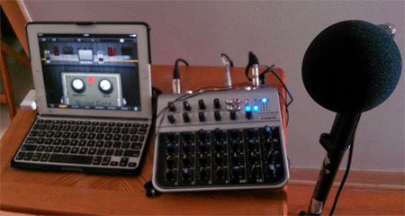 Monoprice 615808 mixer with PositiveGrid JamUp Pro as Effects unit via iPad