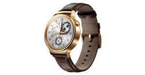 Nuovo smartwatch (ci auguriamo low cost ma ancora non conosciamo il prezzo) con sistema operativo Android Wear. Così bello da vedere che entra in competizione con il Moto 360 di Motorola. Ancora non si sa quando potremo acquistarlo ma speriamo presto!
