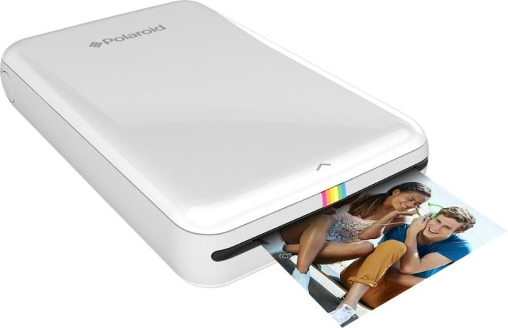 Stampante fotografica per smartphone: stampa la tua foto istantaneamente, senza fili e (magia!) senza inchiostro. Un altro gioiellino Bluetooth dell'eclettica Polaroid, il marchio che ha saputo adattarsi al nostro smart world. Disponibile in primavera per 129 dollari.