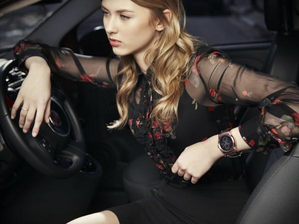 LG Watch Urbane in una campagna pubblicitaria