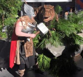 Thor vs Raptor