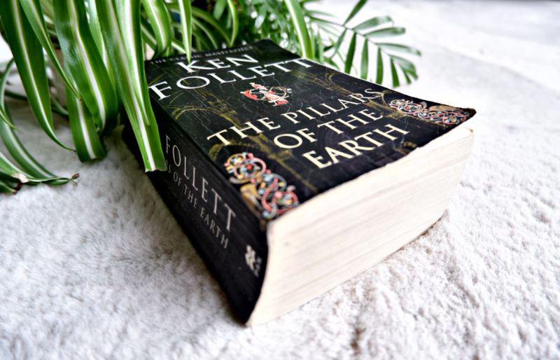 De Pilaren van de Aarde Ken Follet boek
