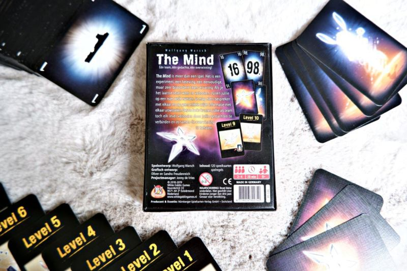 The Mind Geekish review achterkant