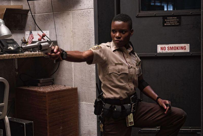 Recensie: Copshop is een goede thriller in jaren 70 stijl