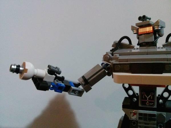 delorean lego robot (4)