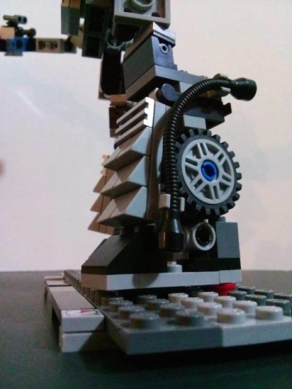 delorean lego robot (5)