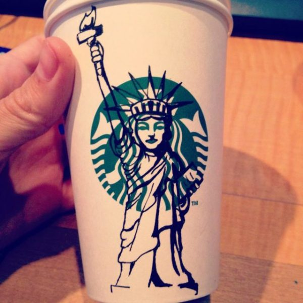 stabucks dessins super héros gobelets (1)