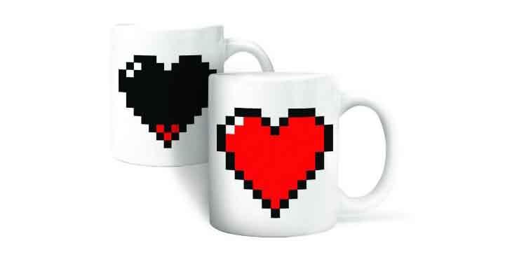 Pour St.Valentin, offrez un tasse coeur pixelisé