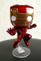 unboxing-civil-war-marvel-collector-funko-pop (11)