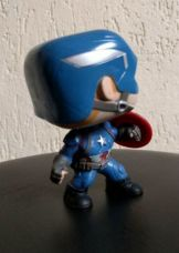 unboxing-civil-war-marvel-collector-funko-pop (14)