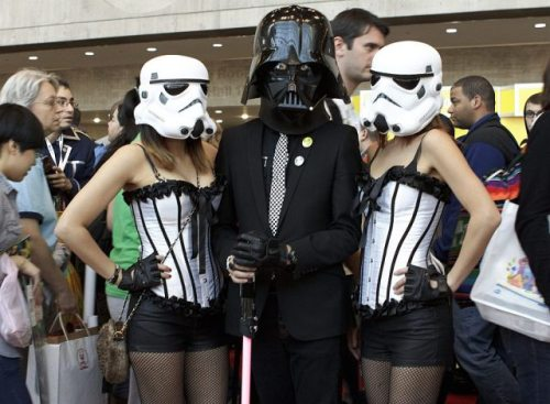 You can see the elegance and sleekness a black suit brings out in a man, especially if your name is Darth Vader.  As you can see, The Storm Trooper ladies always dig men that wear fashioned suits. May the force be with them!