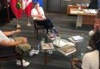 Toronto Mayor John Tory has Pow Wow with Members of Toronto Hip Hop Community to Rap about Gun Violence