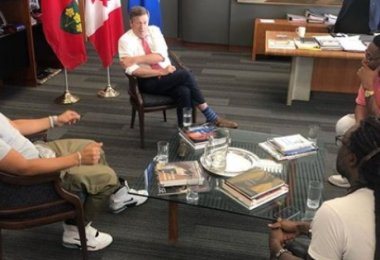 Toronto Mayor John Tory has Pow Wow with Members of Toronto Hip Hop Community to Rap about Gun Violence