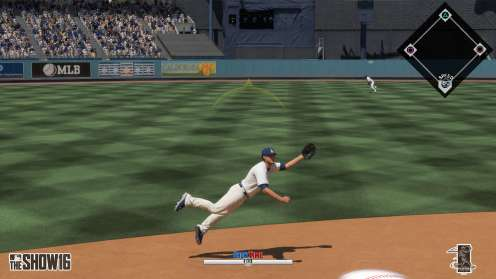 MLB 16 Showtime dive catch
