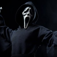 Sideshow Reveals Its SCREAM Ghostface Action Figure