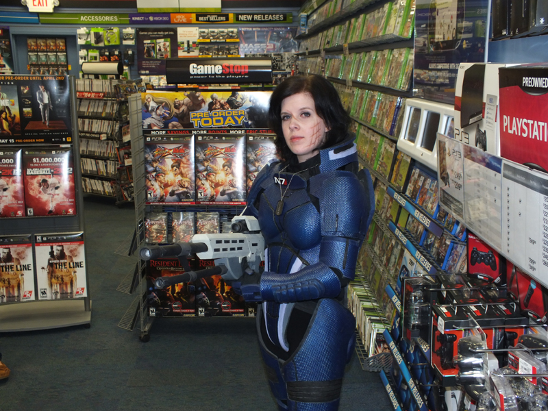 Leah in N7 Armor at a Game Stop in Chatanooga, TN
