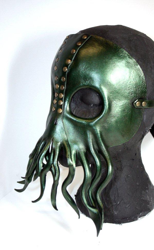 Cthulhu mask 2