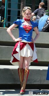 Steampunk Supergirl - Picture by Pat Loika - WonderCon 2013