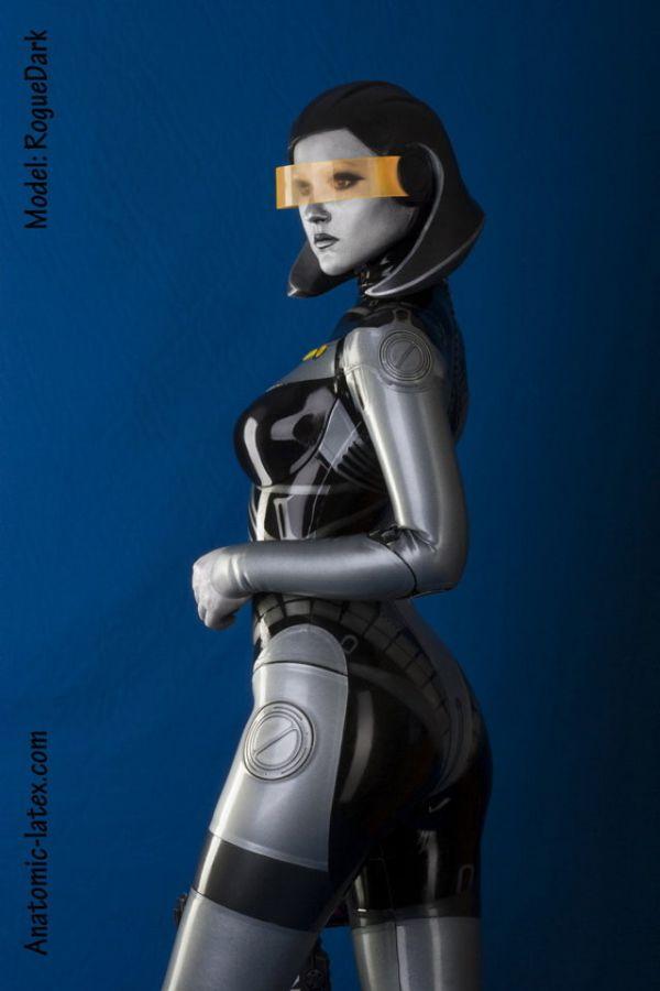 EDI-latex-bodysuit-4