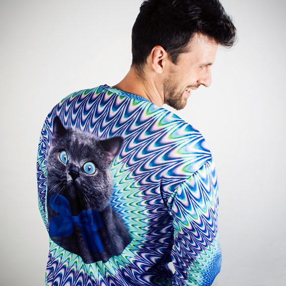 Psychedelic-Cat-Sweater-Back