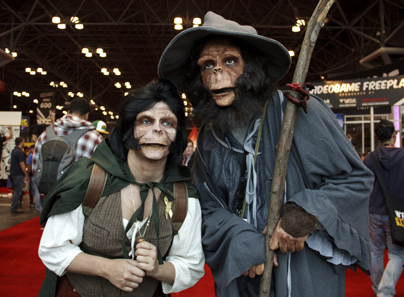 Ape Frodo and Gandalf - New York Comic Con (NYCC) 2013 - Geeks are Sexy