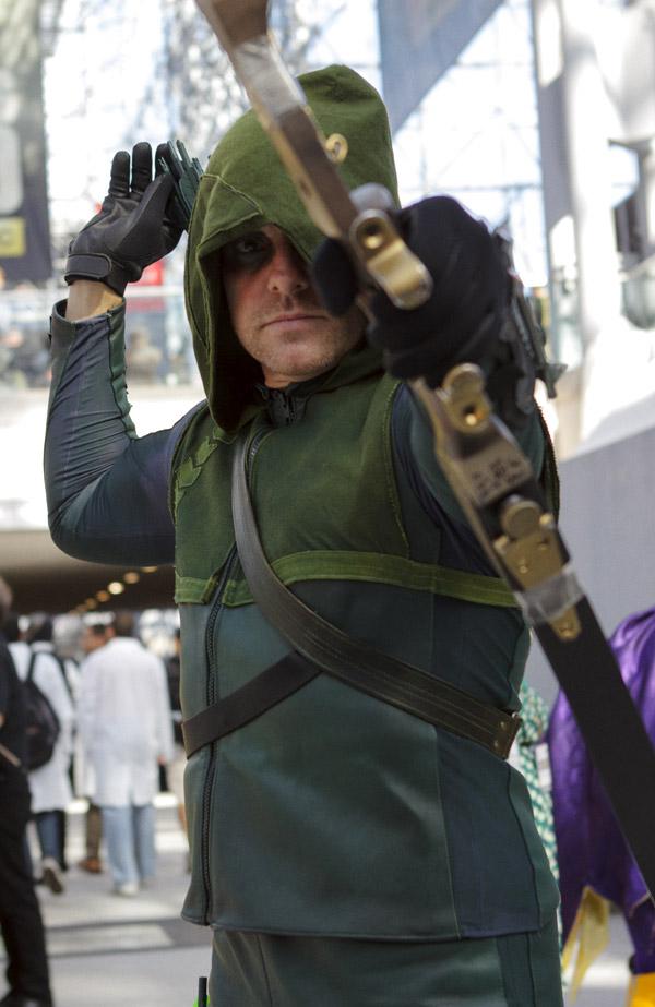 Green Arrow - New York Comic Con (NYCC) 2013 - Geeks are Sexy