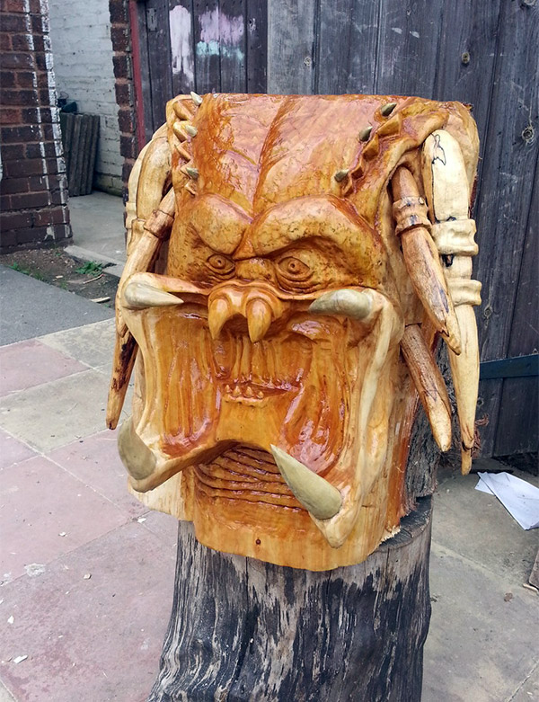 predator-sculpture-tree1