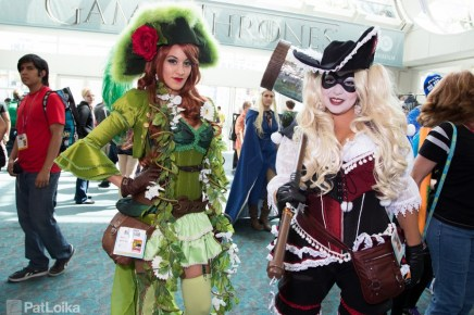 Poison Ivy and Harley Quinn - SDCC 2014 - Photo: Pat Loika