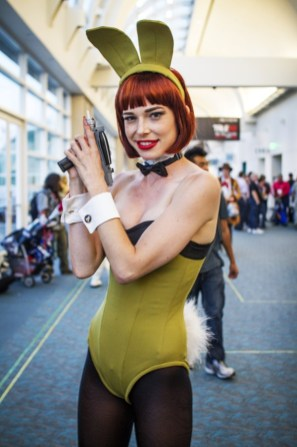 Star Trek Bunny (Chloe Dykstra) - SDCC 2014 - Geeks Are Sexy