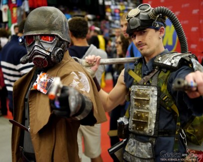 Fallout New Vegas Cosplayers – Montreal Comic Con 2014 – Photo by Geeks are Sexy