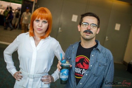 Claire Dearing and Lowery Cruthers (Jurassic World) - San Diego Comic-Con 2015 - Photo by Geeks are Sexy