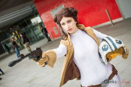 Princess Leia - Stacy Rebecca - London Super Comic Con 2016 - Photo by Geeks are Sexy