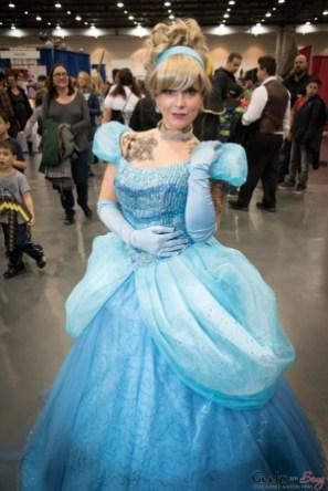 Cinderella - Quebec City Comiccon 2016 - Photo by Geeks are Sexy