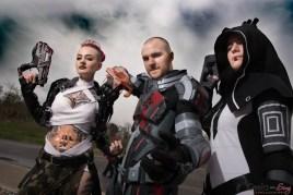 Mass Effect Group (Jack Celtinna, Grabriel F., Laura F.) - Ottawa Comiccon 2017 - Photo by Geeks are Sexy