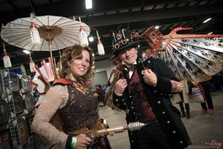 Steampunk Couple - Ottawa Comiccon 2017 - Photo by Geeks are Sexy