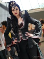 Evil Queen (Regina) - Montreal Comiccon 2018 - Photo by Geeks are Sexy