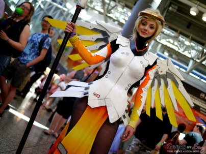 Mercy from Overwatch - Montreal Comiccon 2018 - Picture by Geeks are Sexy