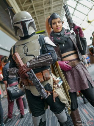 Mando and Twi'lek - Photo by Geeks are Sexy at Montreal Comiccon 2019