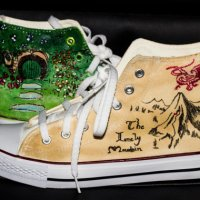 Tolkien links and Hobbit Collectibles for Walkers